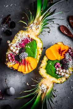 """Pineapple green smoothie bowls with fruits on rustic background by Alena Hauryli. - Pineapple green smoothie bowls with fruits on rustic background by Alena Haurylik on """"Pinea - Smoothie Bowl, Smoothie Recipes, Juicer Recipes, Smoothie Cleanse, Juice Cleanse, Salad Recipes, Healthy Snacks, Healthy Recipes, Food Platters"""