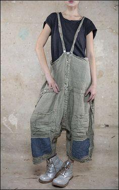 Ewwww: homeless chic Pippa Jumper 031 Graphite .01.jpg