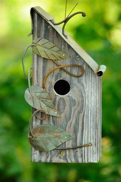 vogelhäuschen bauen holz umweltfreundlich schön nützlich