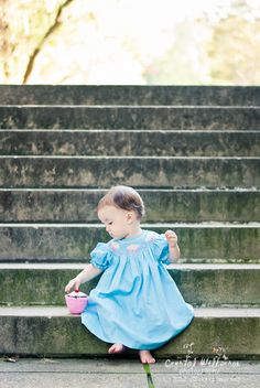 Smocked Auctions: How do I choose the best location for a photo shoot with my kids?