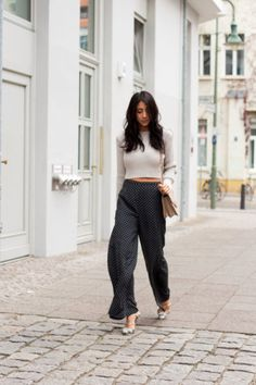 Patterned Pants: 20 Outfit Inspiration Photos | StyleCaster