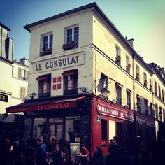1000 images about city paris montmartre on pinterest for Restaurant le miroir montmartre