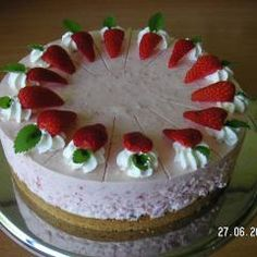 Himbeer Joghurt Torte für Diabetiker und 87.000 weitere Rezepte entdecken auf DasKochrezept.de Diabetes, Low Carb, Pudding, Recipes, Food, Bakken, Sheet Cakes, Food For Diabetic Patient, Custard Pudding