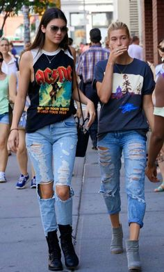 Fashion: Celebrity fashion! Check out this week's street st...