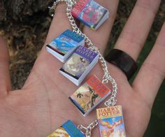 Check it out Potter Heads! Harry Potter Miniature Book Bracelet by LittleLiterature on Etsy Bijoux Harry Potter, Mundo Harry Potter, Harry Potter Books, Harry Potter Love, Harry Potter Memes, Harry Potter World, Harry Potter Keychain, Harry Potter Gifts, Ridiculous Harry Potter