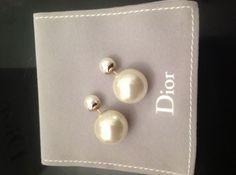Je viens de mettre en vente cet article  : Boucles d'oreille Dior 380,00 € http://www.videdressing.com/boucles-d-oreilles/dior/p-3209735.html?utm_source=pinterest&utm_medium=pinterest_share&utm_campaign=FR_Femme_Bijoux+%26+Montres_Bijoux+fantaisie_3209735_pinterest_share