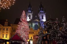 9 Vibrant Christmas Holiday Destinations in Europe http://ift.tt/2AcYv9r #ThreesBee