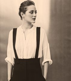 Marion Cotillard: For her talent and class. In my top five actresses. v Marion Cotillard: For your talent and your class. In my top 5 actresses. Mode Style, Style Me, Girl Style, Dandy Look, Elle Moda, Lady, Business Outfit, Look Vintage, Vintage Ysl