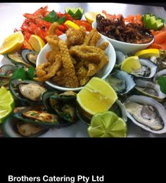 Coming into that lovely seafood weather. Nice cold beverage with this platter would go great