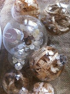 Buttons in an ornament, I knew I could do more to my shabby tree! Great idea!
