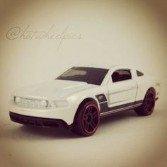 hot wheels 2013 racing '13 ford mustang gt free shipping!! | hot