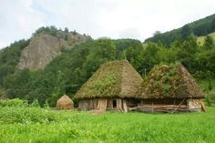 Secuiului's Rock – limestone massif Landscape Pictures, Nature Pictures, Creative Writing Inspiration, Old Cabins, Carpathian Mountains, Medieval Houses, Thatched Roof, Earth Homes, Village Houses