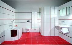 Add Warmth To Your House With Ideas From These Red Bathroom Interiors (9)