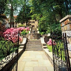 look at that entry! Breathtaking!  Winterthur Museum and Country Estate