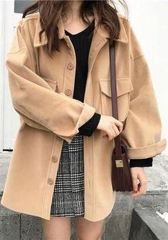 Winter Fashion Ads .Winter Fashion Ads #PlayGameOnline Korean Fashion Trends, Korean Street Fashion, Korea Fashion, Asian Fashion, Look Fashion, Fashion Models, Autumn Fashion, Fashion Design, Korean Fashion Winter
