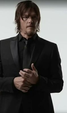 The Walking Dead's Daryl Dixon (Norman Reedus) Daryl Dixon, Daryl Twd, The Boondock Saints, Norman Reedus, Merle Dixon, Slash, Fear The Walking Dead, Stuff And Thangs, Carl Grimes