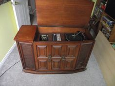 8 Track Record Player Cabinet We Had A Large Cabinet Like