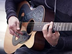 An electronic orchestra for your guitar.