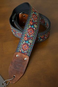 Henry Heller Vintage 50 Garment Leather Guitar Strap Cream Stitch Antique Brown