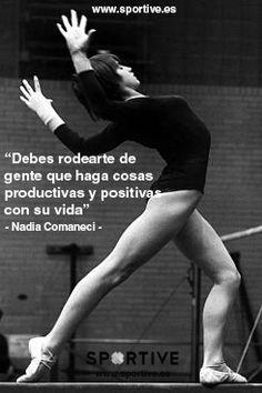 Debes rodearte de personas que hagan cosas productivas y positivas con su vida  #entrenamiento #motivación #deporte #frases