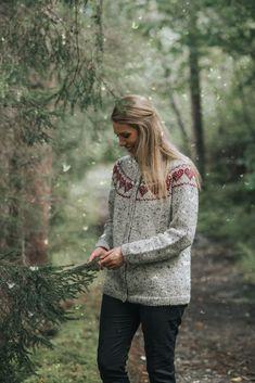 DSA73-12 Hjertejakke voksen natur   Du Store Alpakka Tweed, Hipster, Style, Fashion, Nature, Hipsters, Moda, La Mode, Fasion