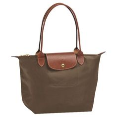 Discover the world of Longchamp and the latest collections fadcd7c9339da