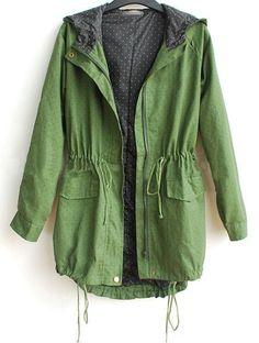 Cazadora capucha con cintas-Verde EUR€33.97