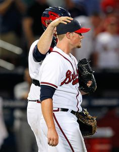 Closer Craig Kimbrel #46 & #16 Catcher Brian McCann HAPPY with Braves Win 5-4 against the Cardinals