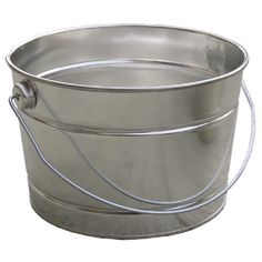Like the idea of using a standard metal pail as an ice bucket for outdoor entertaining.
