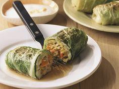 Vegetarische Roulade mit Couscous-Füllung - smarter - Zeit: 30 Min. | eatsmarter.de Auch Rouladen kommen ganz ohne Fleisch aus.