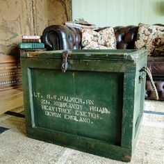 VINTAGE INDUSTRIAL CHEST WWII Naval Trunk MILITARY STORAGE Tv Stand COFFEE  TABLE