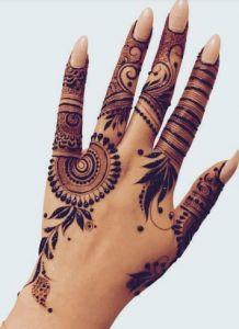 Best Mehndi designs for hands Modern Henna Designs, Henna Tattoo Designs Simple, Mehndi Designs Book, Back Hand Mehndi Designs, Finger Henna Designs, Mehndi Designs 2018, Mehndi Designs For Girls, Mehndi Designs For Beginners, Mehndi Design Photos