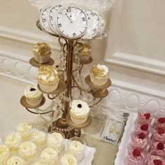 New years eve wedding display  #carinaedolce www.carinaedolce.com www.facebook.com/carinaedolce New Years Eve Weddings, Wedding Cakes, Place Cards, Place Card Holders, Display, Facebook, Wedding Gown Cakes, Billboard, Wedding Pie Table