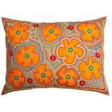 Orvelina Flores Pillow