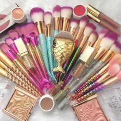 Make up Brushes set Cute Makeup, Makeup Geek, Makeup Kit, Beauty Makeup, Crazy Makeup, Unicorn Makeup, Mermaid Makeup, Fairy Makeup, Mermaid Hair