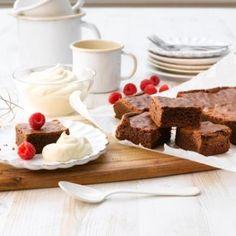Her har du en superenkel og saftig grunnoppskrift på brownie. Monkey Bread, Food Inspiration, Brownies, Waffles, French Toast, Sweet Treats, Deserts, Good Food, Sweets