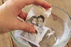 Packing Tape Image Transfers How to do image transfers using packaging tape: Photocopy transfer via Fun Crafts, Diy And Crafts, Arts And Crafts, Paper Crafts, Home Crafts, Photo Transfer, Transfer Paper, Wax Paper Transfers, Wood Transfer