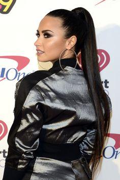 Demi Lovato News Celebrity Crush, Celebrity Style, Demi Love, Demi Lovato Style, Demi Lovato Pictures, Beautiful Long Hair, Gal Gadot, Dark Hair, My Idol