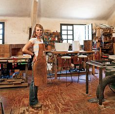 Innovative, beautiful wood furniture and art often made from salvaged pieces. Woodworker, welder and all around bad ass Michigan girl Greta De Parry.  She also makes overalls look DAMN hot! http://www.gretadeparry.com/#