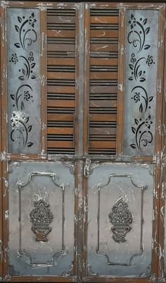Modern Front Gate Design, Home Gate Design, Gate Wall Design, Window Grill Design Modern, Grill Gate Design, Steel Gate Design, Iron Gate Design, Scrap Wood Art, Sliding Door Design