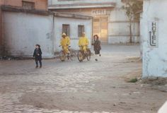 Topio Stin Omichli by Theodoros Angelopoulos, 1988 Landscape In The Mist, Love Movie, Movie Scene, Great Movies, Cinematography, Mists, How To Memorize Things, Street View, In This Moment