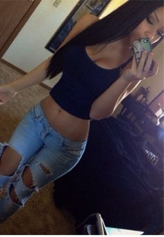 Only if u have the perfect body can you pull this off . Beautiful girl