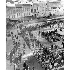 01/10/1913LOS SOLDADOS ESPAÑOLES EN TETUAN. ASPECTO DE LA PLAZA DE ESPAÑA AL LLEGAR EL SEGUNDO BATALLÓN DEL REGIMIENTO INFANTERÍA DE BORBÓN: Descarga y compra fotografías históricas en   abcfoto.abc.es