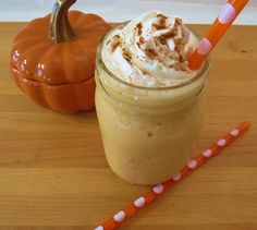 Skinny Pumpkin Spice Frappe - A frozen blended drink that is creamy, sweet and tastes just like pumpkin pie. Only 46 calories!