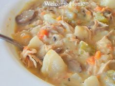 Here's that soup I made this morning. Not the prettiest soup I've ever made but out of this world deliciou. Crockpot Recipes, Soup Recipes, Cooking Recipes, What's Cooking, Sweets Recipes, Desserts, Mushroom Cream Soup, Crock Pot Tacos, Easy One Pot Meals