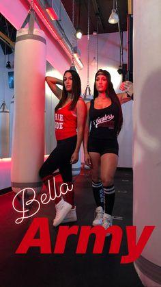 Brie and Nikki Bella for birdiebee. Wwe Lucha, Brie Bella Wwe, Katy Perry, Wwe Divas Paige, Wwe Outfits, Surf Tattoo, Nikki And Brie Bella, Wrestling Divas, Women's Wrestling