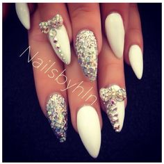 70 Ejemplos de uñas largas decoradas ❤ liked on Polyvore featuring beauty products and nails