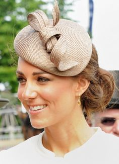 Hairstyles, Wedding Guest Hairstyles With Fascinator: Wedding Guest Hairstyles 2015 for Medium Hair and for Other Haircuts with Trendy Accessories