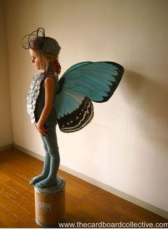 The Cardboard Collective: Blue Butterfly Costume by Amber - Halloween Animal Costumes, Cute Costumes, Family Costumes, Costume Ideas, Awesome Costumes, Children Costumes, Costume Papillon, Baby Kostüm, Baby Boys