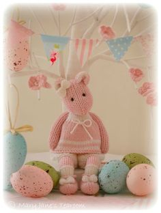 maryjane k e nail design walldorf - Nail Desing Amigurumi Patterns, Knitting Patterns, Little Cotton Rabbits, Knitted Animals, Vintage Easter, Shabby Vintage, Knitted Dolls, Handmade Toys, Felt Crafts